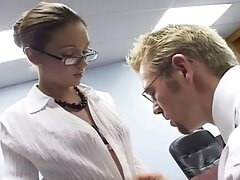 کریستی لین سخت طعنه می عکس سکسی زنانچاق زد