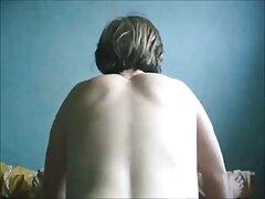 دانوچکا اسپرم را بلع می کند و عکسهای سکسی کونهای بزرگ بیشتر درخواست می کند