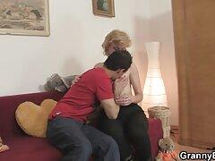 تارزان عاشق رابطه جنسی مقعد در خارج از منزل است عکس کیرتوکس وکون