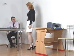 MILF آلمانی بالغ با عکسهای سکسی کونهای بزرگ مربی خود لعنتی عالی کرد